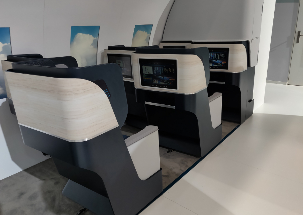 Products development axis :  Aeronautical Interior